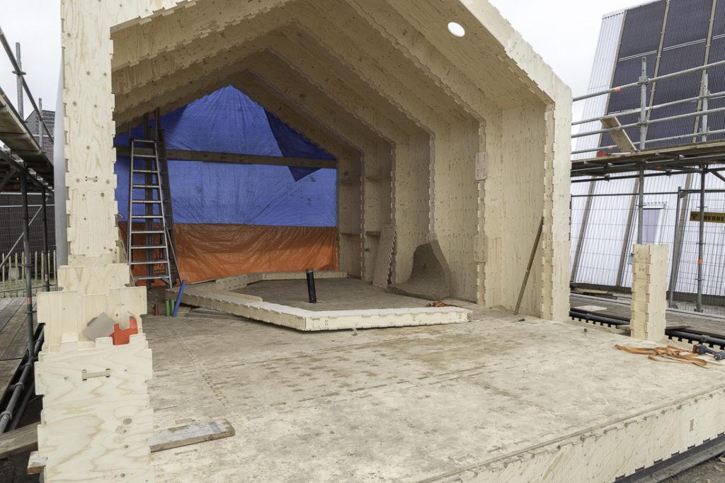 vijf-gehele-segmenten-zijn-gereed-WikiHouse-Almere
