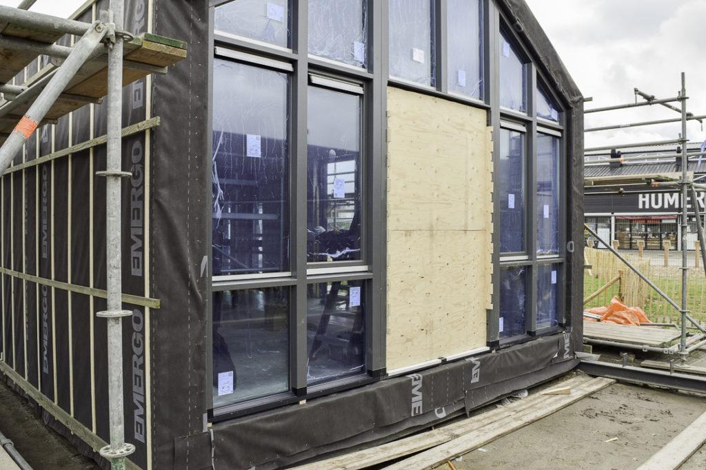 WikiHouse-Almere-glass-windows-