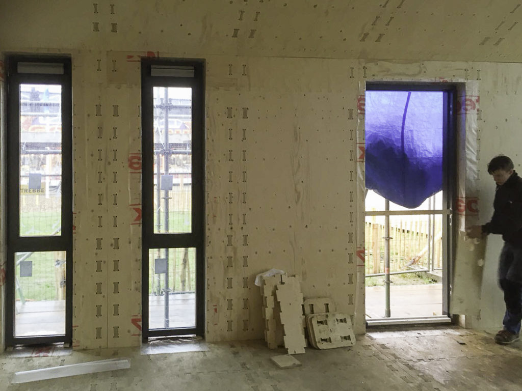 WikiHouse-Almere-narrow-windows-side-wall